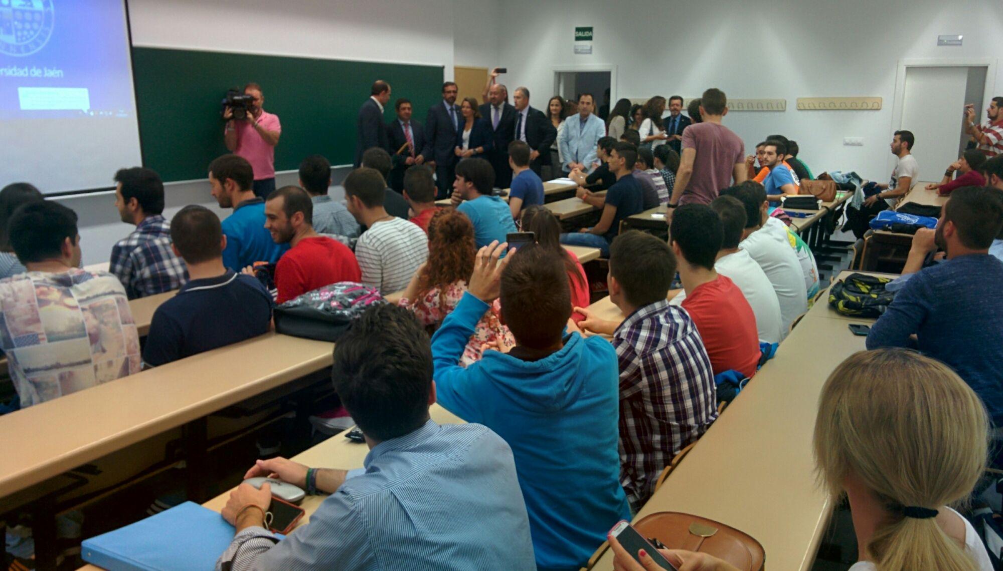 Comienzan las clases en el nuevo Campus de Linares