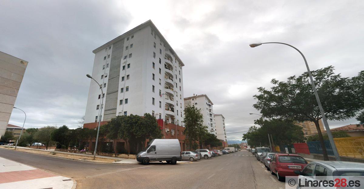 La Junta licita obras para mejorar 150 viviendas en la barriada de Arrayanes
