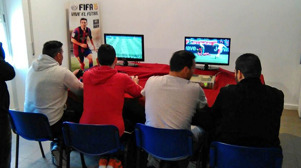 II Torneo de videojuegos. FIFA y PES 2016 para Xbox y Ps3