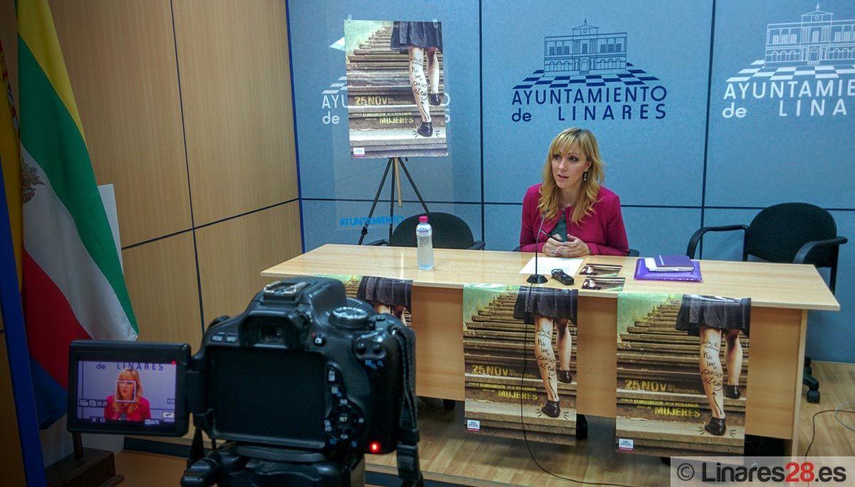 Carmen Domínguez presenta la programación del 25-N