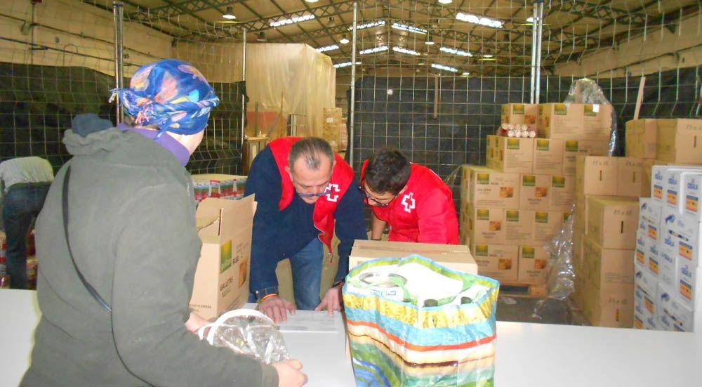 Cruz Roja Linares reparte más de 34.000 kilos de alimentos no perecederos entre los más desfavorecidos de la ciudad