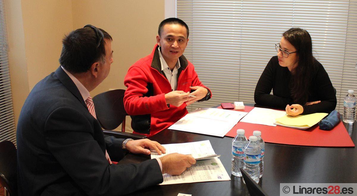 Encuentro con empresarios chinos en la Cámara de Linares