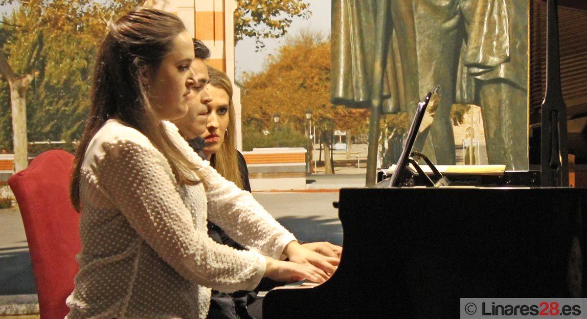 Reconocimiento al 'Concurso de Piano' de Marisa Montiel de Linares