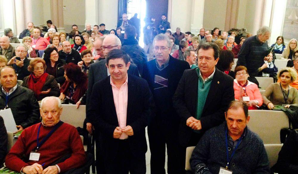 Reyes defiende que para lograr el progreso de un territorio es imprescindible que ciudadanía y gobiernos caminen de la mano