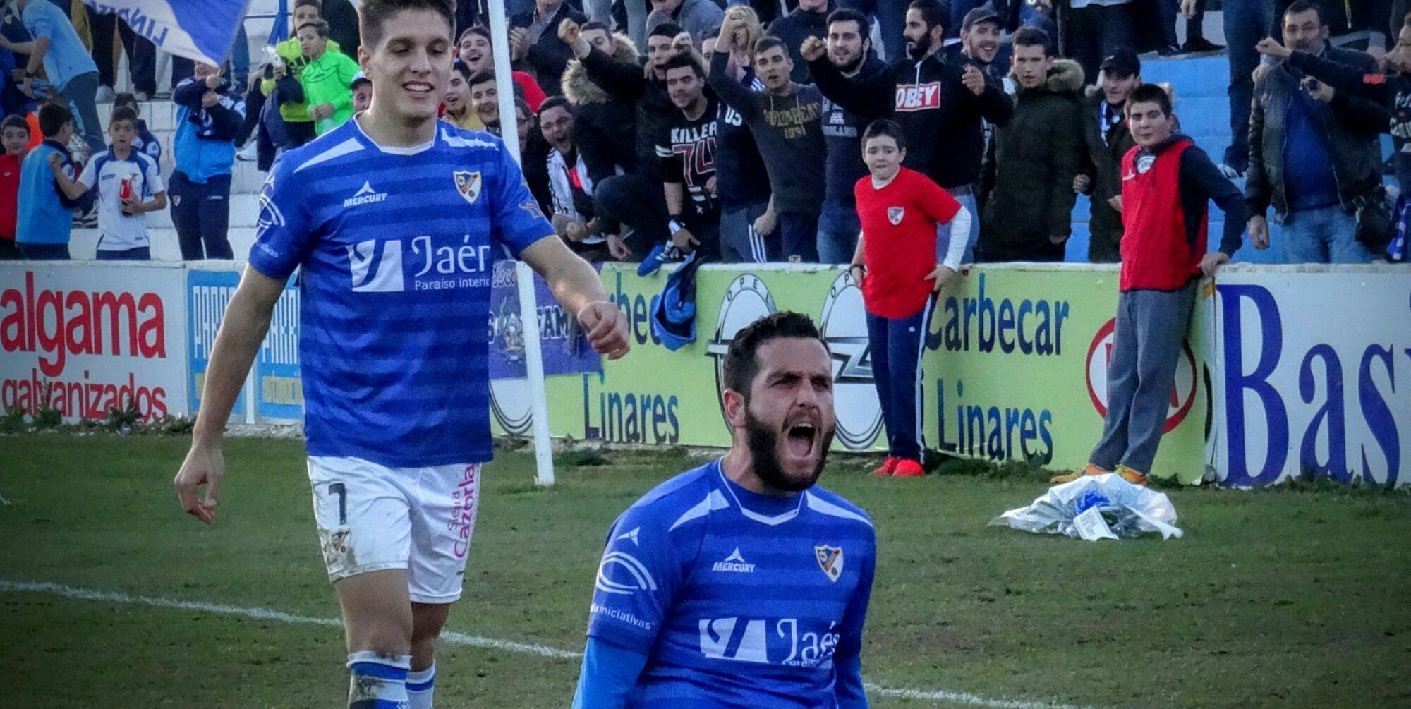 LOS AZULILLOS GANAN AL ALGECIRAS PERO SIN FUELLE