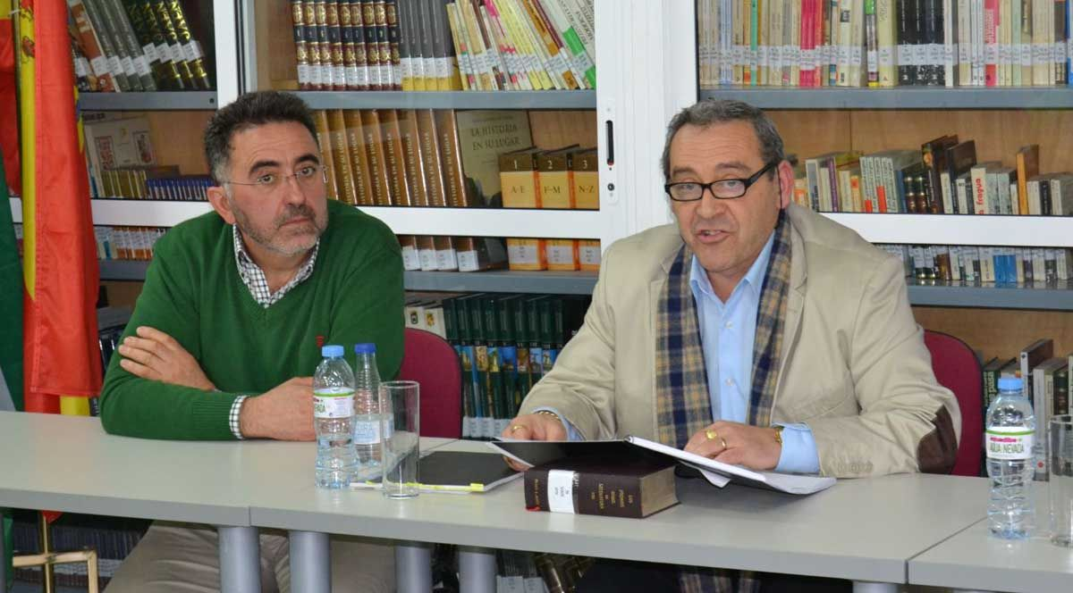 Conferencia de Manuel Luque Tapia en el IES Reyes de España