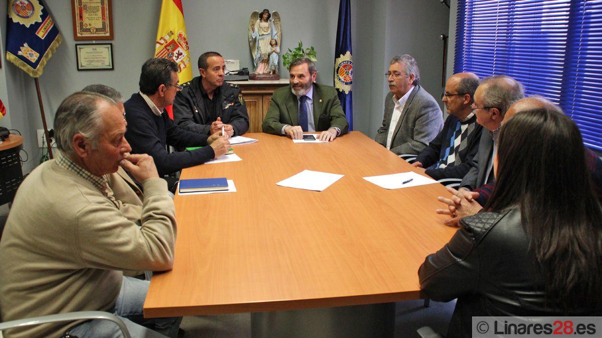 La barriada de Arrayanes en Linares contará con mayor presencia puntual de Policía Nacional