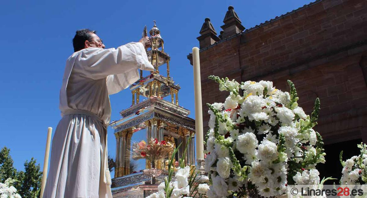 El Corpus saldrá este año a horquilleros sobre el trono de la Virgen de la Esperanza