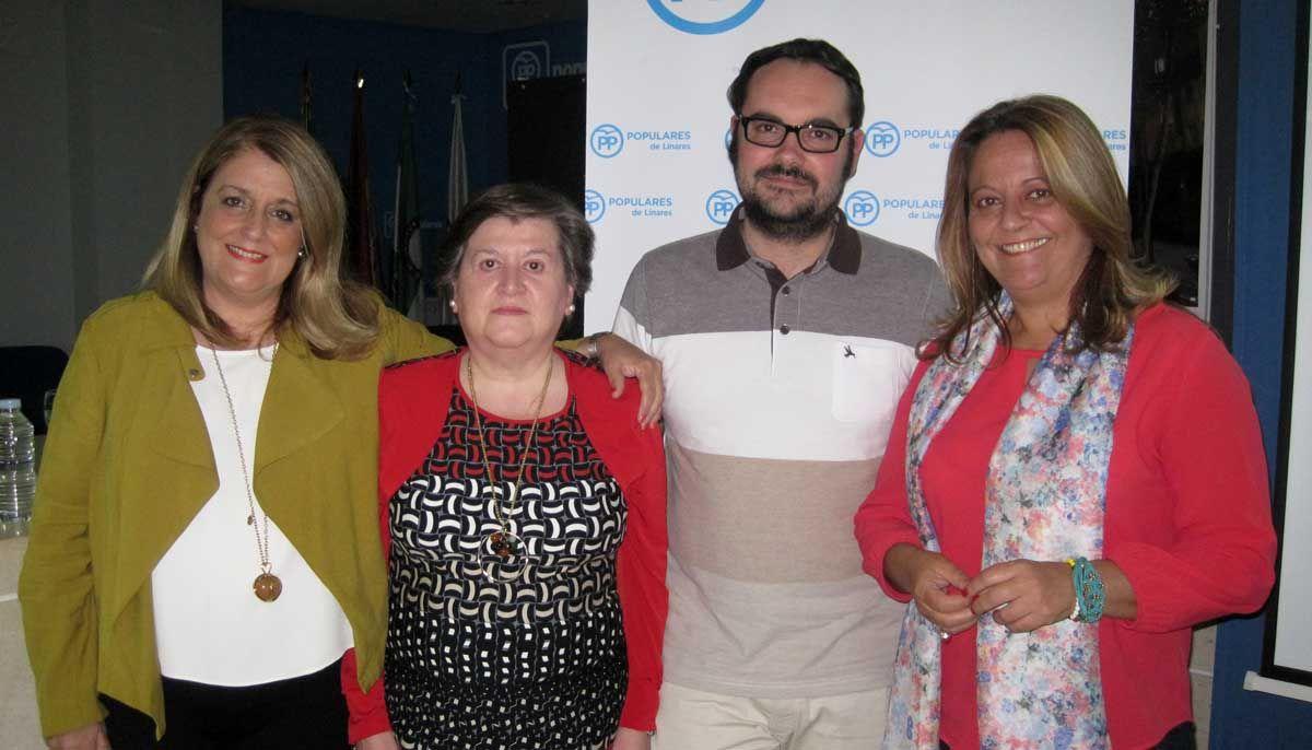 El Área de Igualdad del PP de Linares informa sobre la Fibromialgia a través de una interesante conferencia impartida por José Raúl Dueñas Fuentes