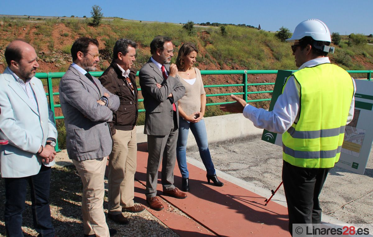 Reiniciadas las obras de conexión ferroviaria del Parque Empresarial de Linares con Vadollano