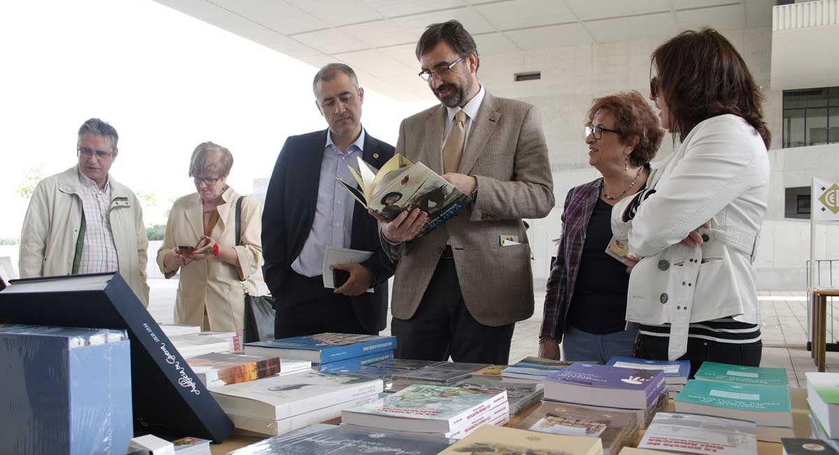 La Universidad de Jaén celebra el Día del Libro en el Campus Científico-Tecnológico de Linares