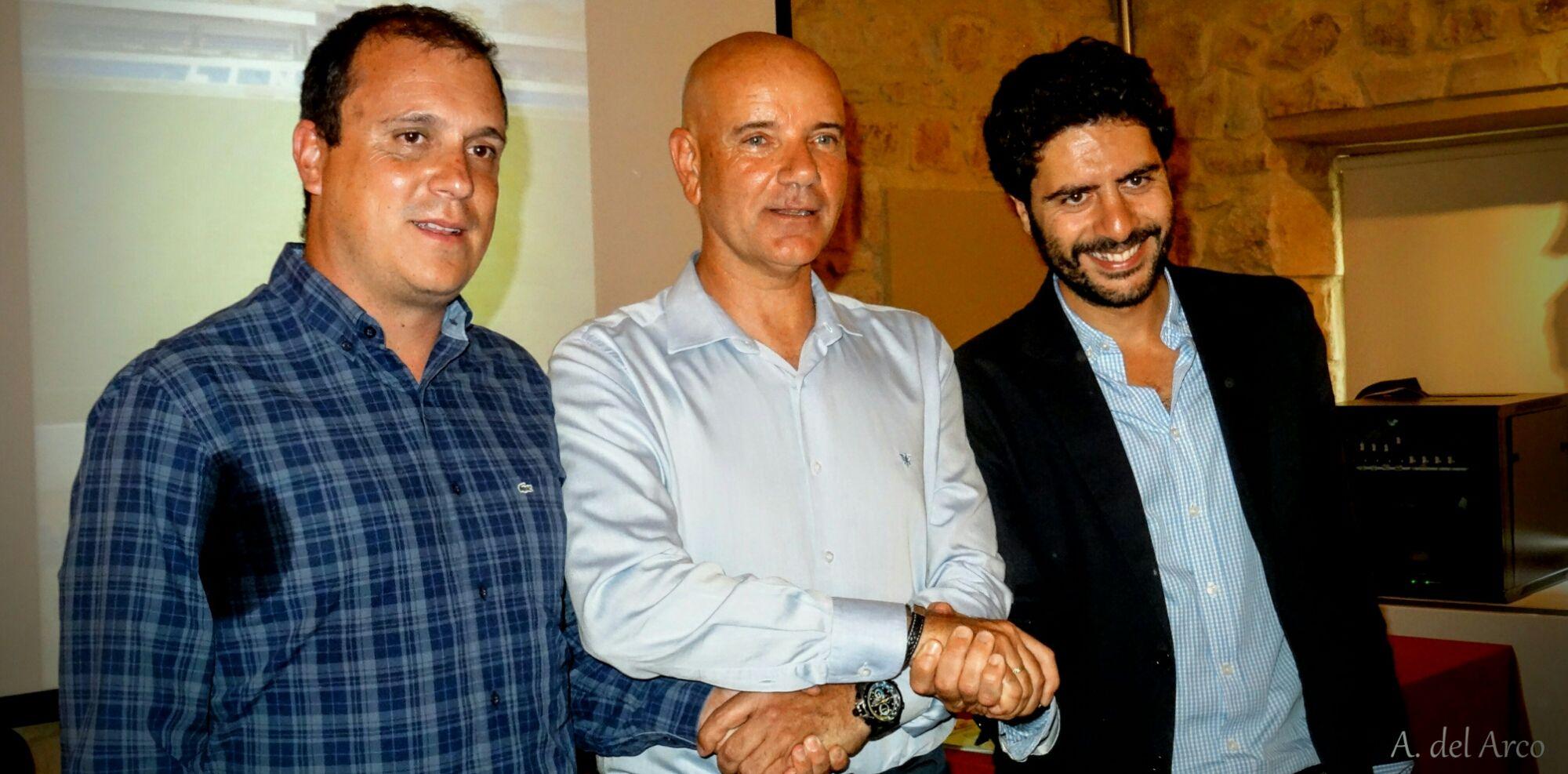 El Linares Deportivo presenta su proyecto y su entrenador para la temporada 2016-2017