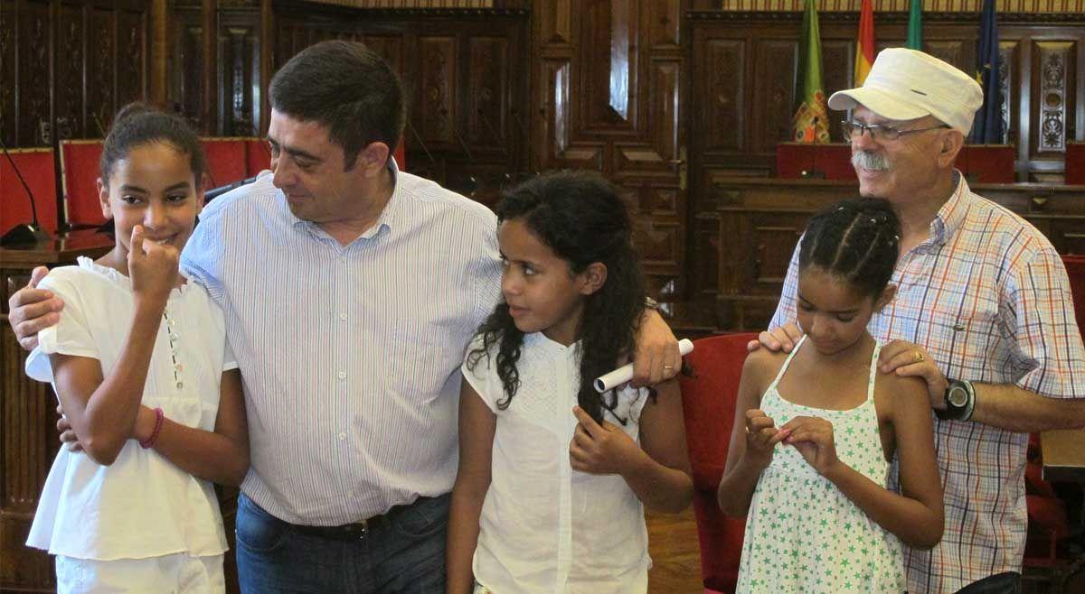 Recepción a la Asociación de Amigos del Sáhara Libre de Linares en Diputación