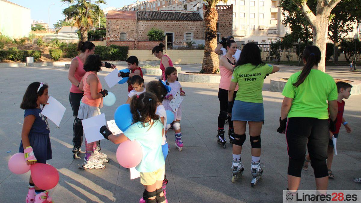 Unas cien personas participan en los cursos de patinaje de Solidari@s Sport