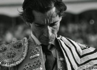 Curro Díaz entrando en la Plaza de Santa Margarita