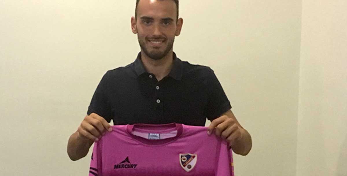 El Linares Deportivo presenta a Cristian Arco como nuevo portero de la primera plantilla