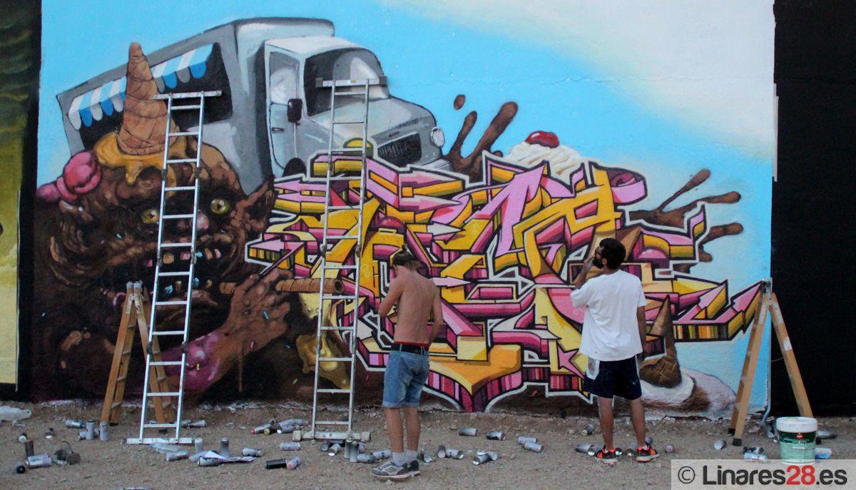 """Buen ambiente en """"El Silo"""" durante el certamen de graffiti"""
