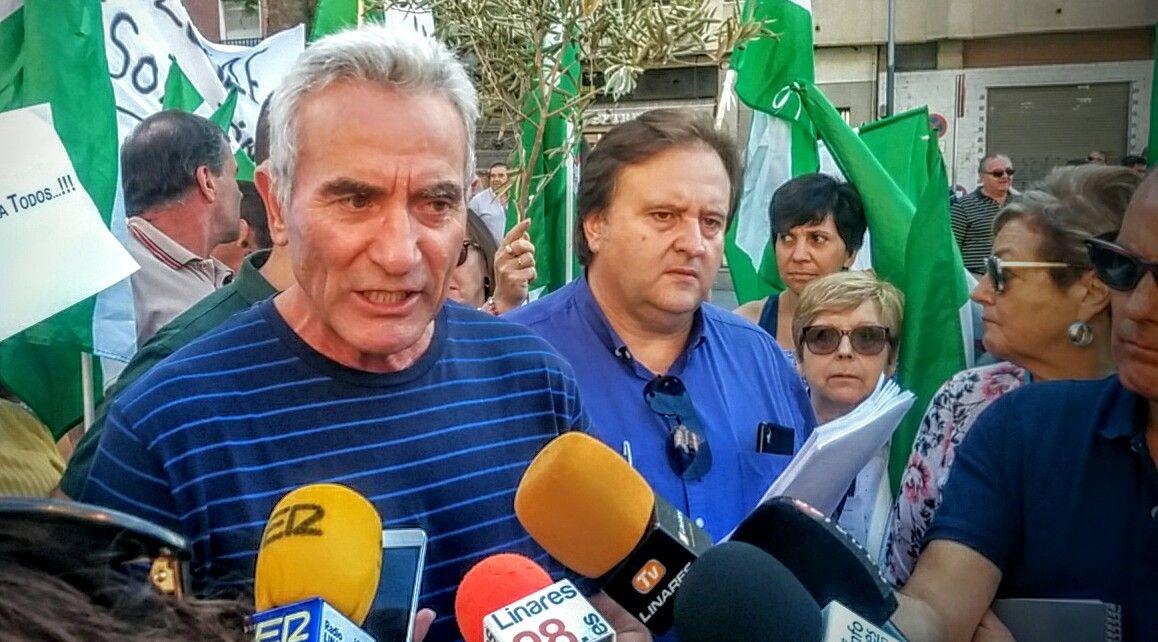 En estos momentos rueda de prensa de Diego Cañamero en Linares