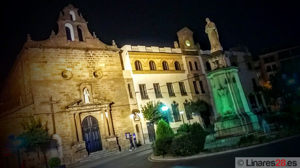 Linares se suma al Día Mundial de la Salud Mental iluminando de verde distintos espacios públicos