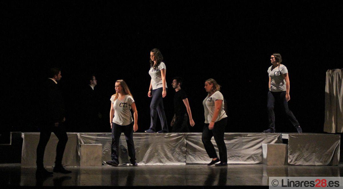 """Mamadou Teatro pone en escena """"La Fundación"""""""