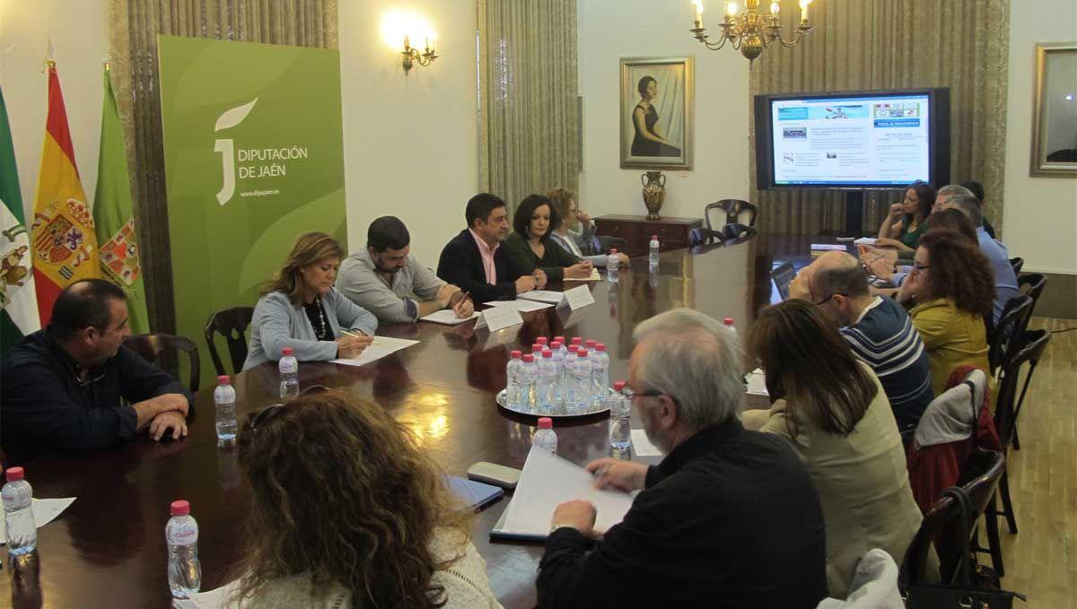 Diputación creará partidas específicas para situaciones de emergencia y para sensibilización en cooperación internacional