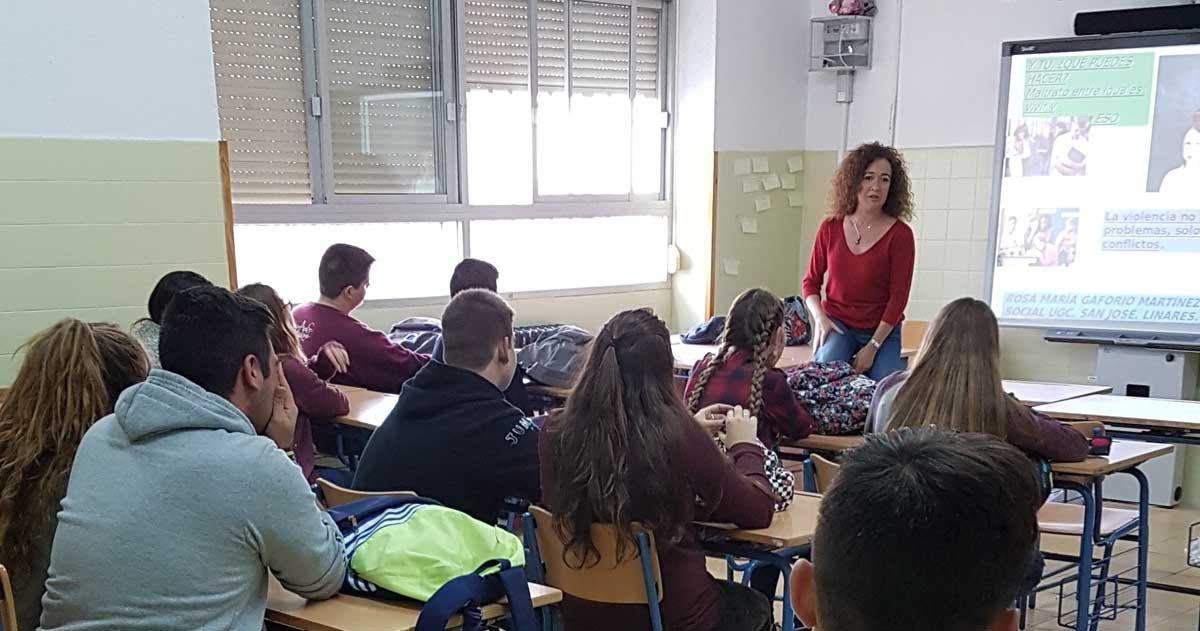El centro de salud 'San José' organiza talleres para prevenir el acoso escolar en los centros de enseñanza de Linares