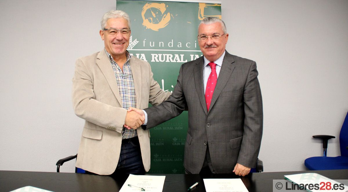 FIRMA DE CONVENIO ENTRE EL CLUB TENIS DE LINARES Y FUNDACIÓN CAJA RURAL DE JAÉN