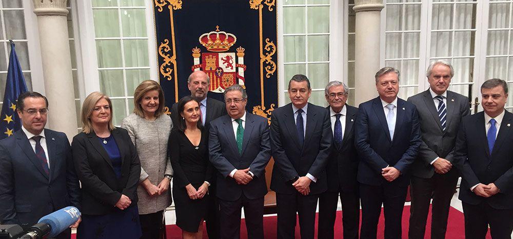 Los subdelegados de las ocho provincias andaluzas toman posesión de sus cargos en la Delegación del Gobierno