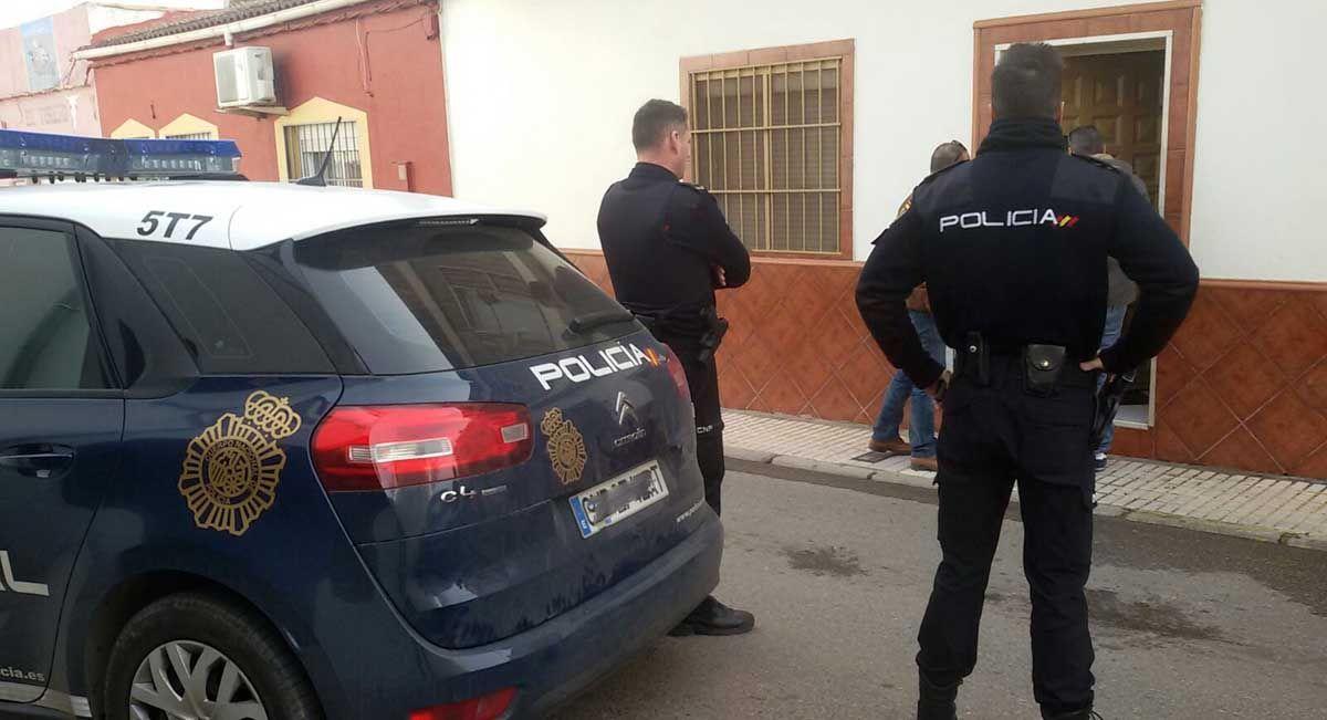 La Policía Nacional desmantela en Linares a un grupo criminal dedicado a la extorsión
