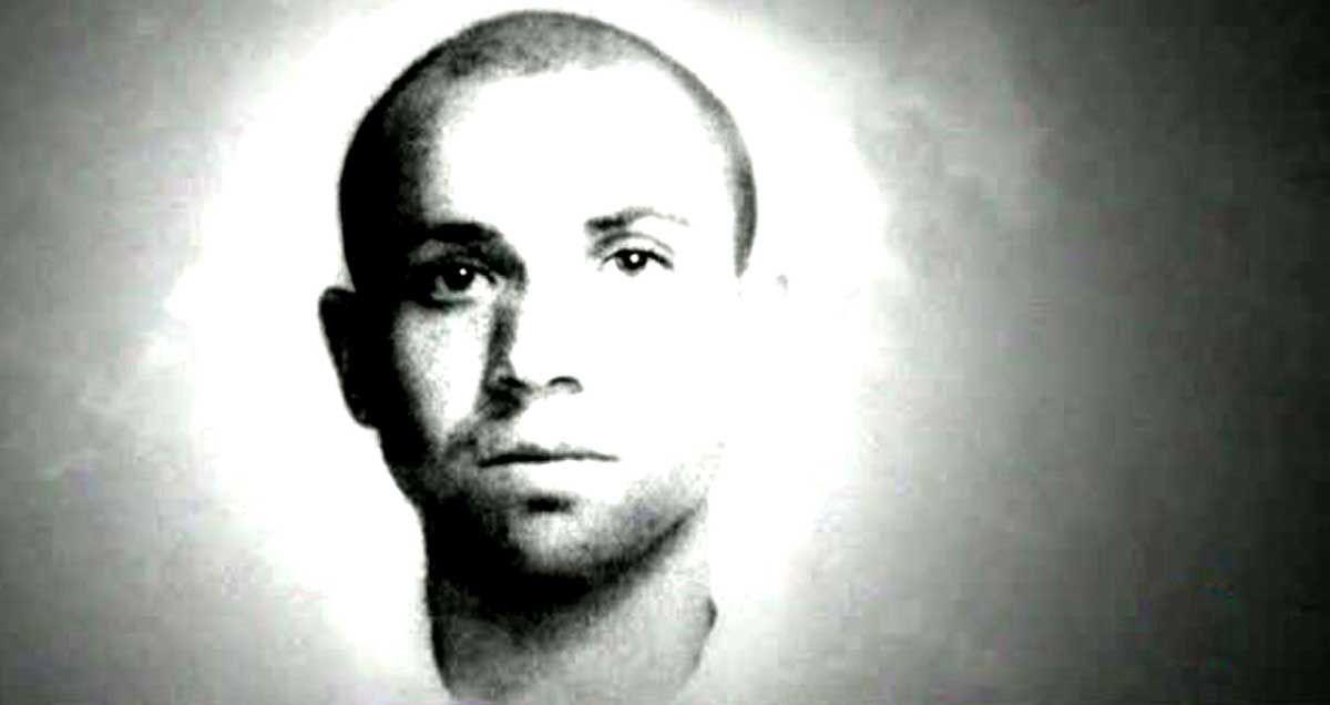 MIGUEL HERNÁNDEZ, ESPADA DE LUZ