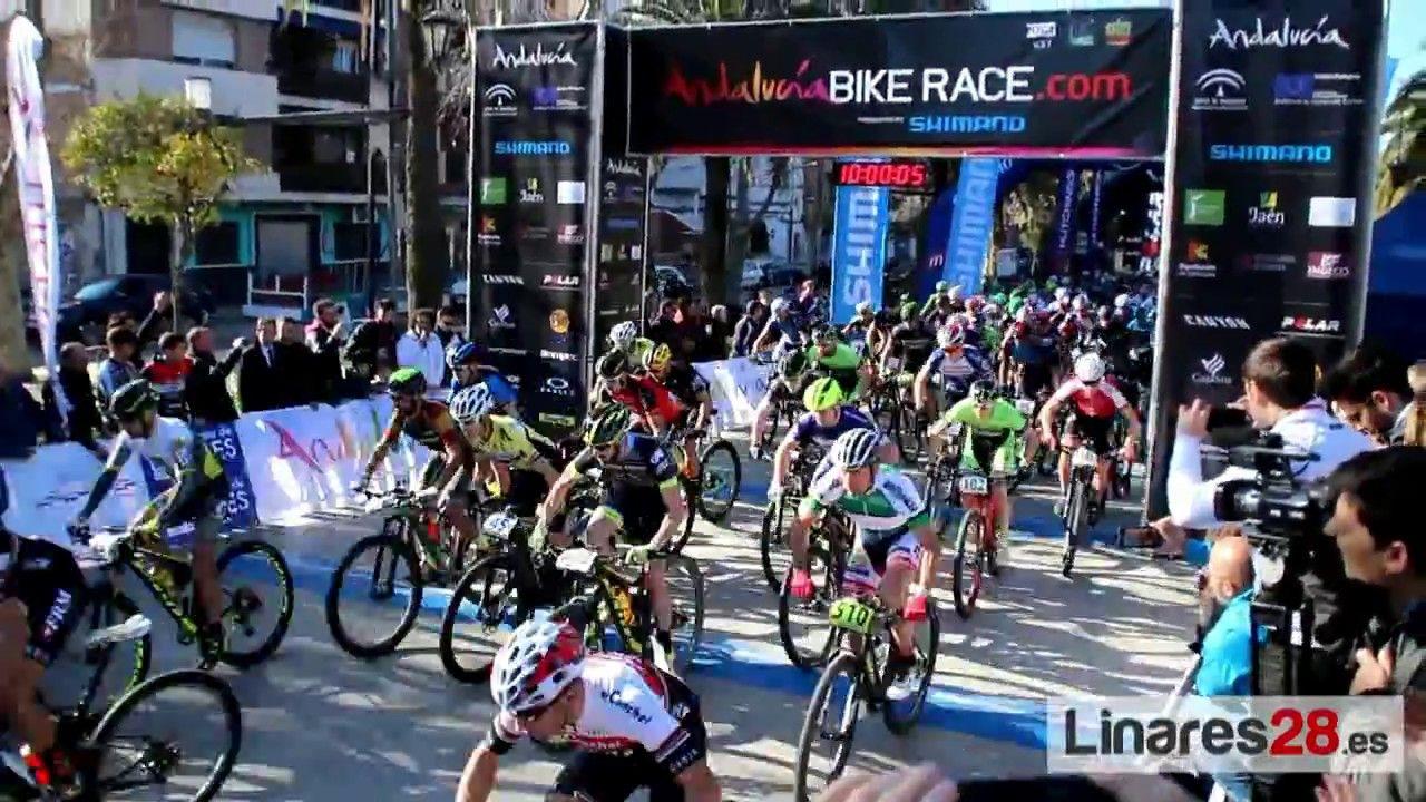 La Andalucía Bike Race ya rueda por el Distrito Minero de Linares
