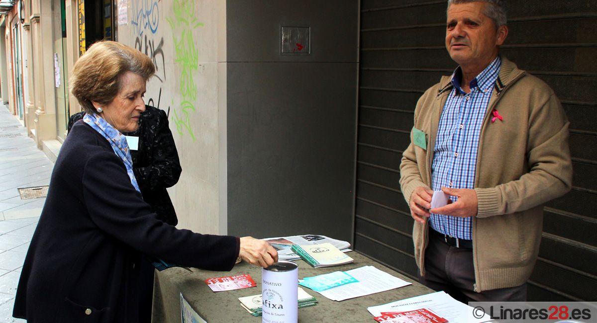 AFIXA sale a las calles de Linares para visibilizar la fibromialgia en los hombres