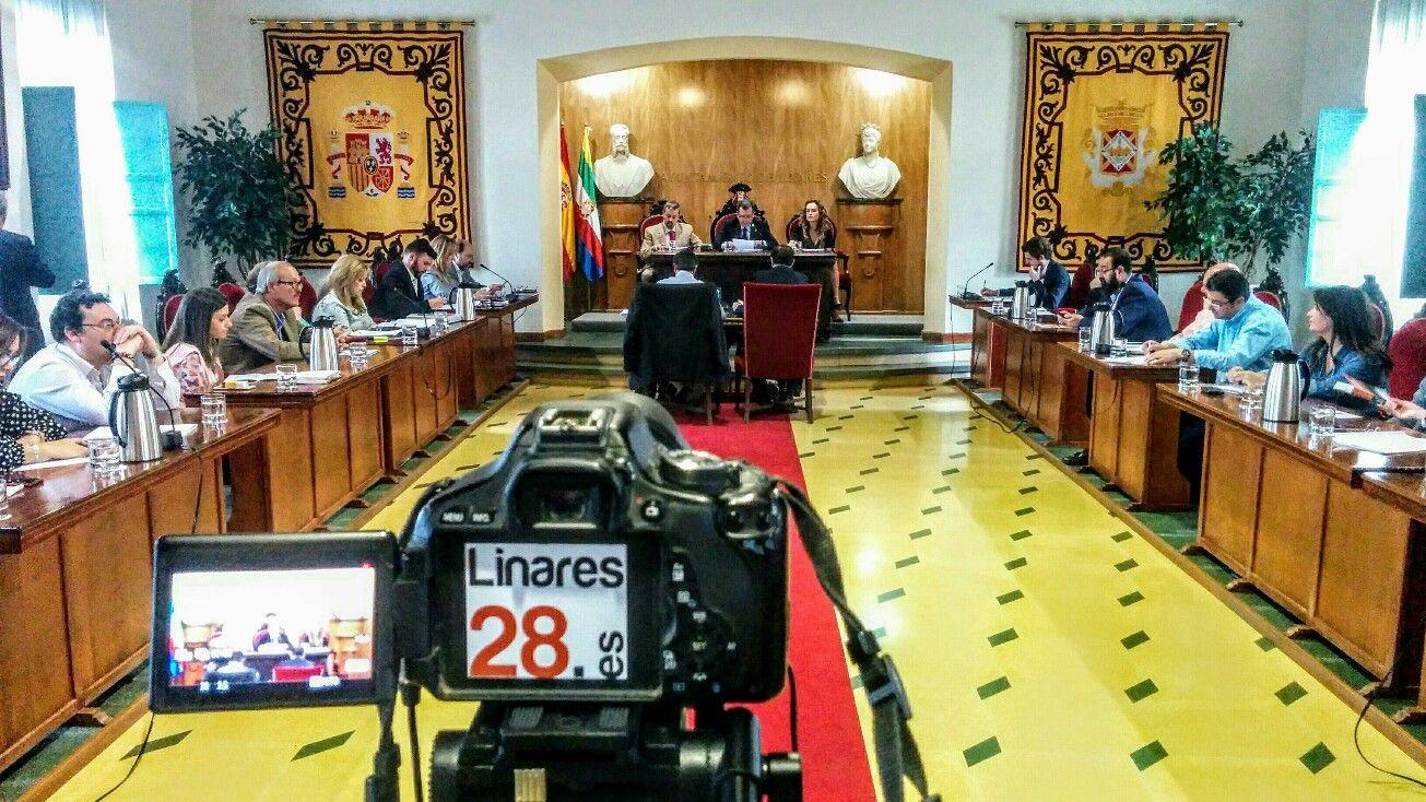 En estos momentos se debate el estado de la ciudad en el Pleno del Ayuntamiento de Linares