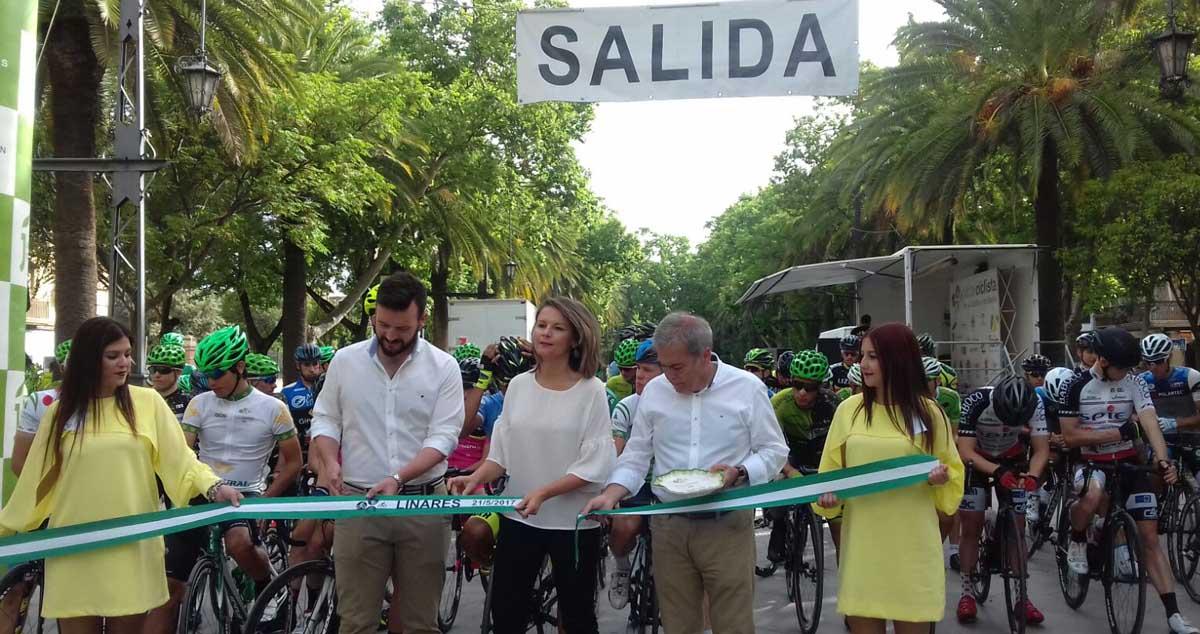 Linares salida de la última etapa de la II Ruta Ciclista de los Castillos y las Batallas de Jaén