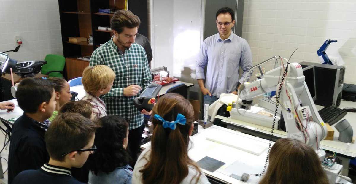 La Escuela Politécnica Superior de Linares imparte un taller de iniciación a la Ingeniería para alumnado de primaria con altas capacidades intelectuales