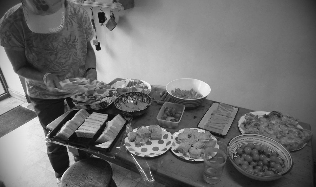 El Defensor del Pueblo insta a garantizar la alimentación de los menores de familias vulnerables en Linares