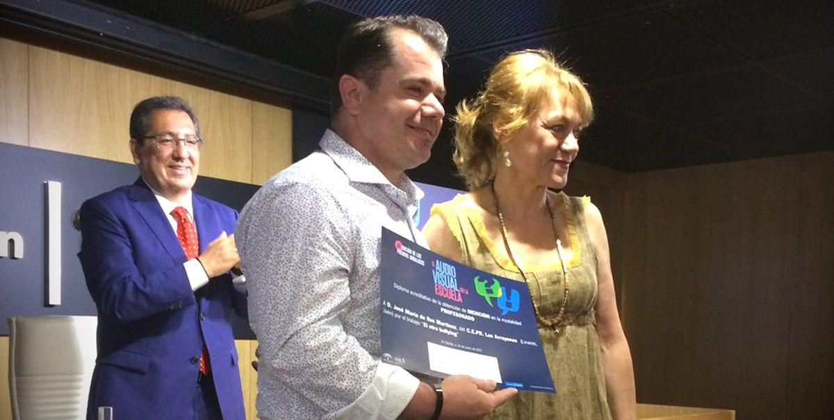 """Mención especial al profesor José María Rus, del CEIP """"Los Arrayanes"""" en los """"II Premios El Audiovisual en la Escuela"""""""