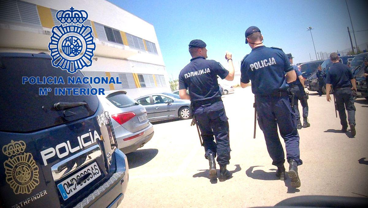 28 policías de países de la Unión Europea, Marruecos, Egipto y Serbia se forman La Enira