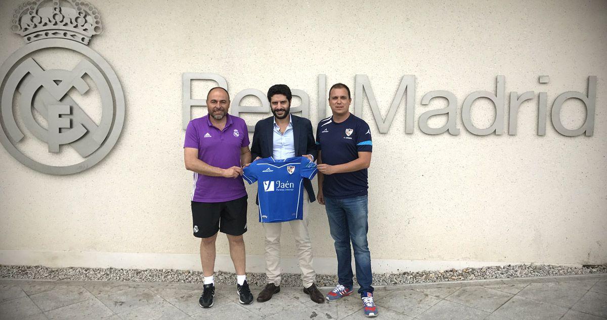 El Linares Deportivo y el Real Madrid Club de Fútbol firman un acuerdo de colaboración