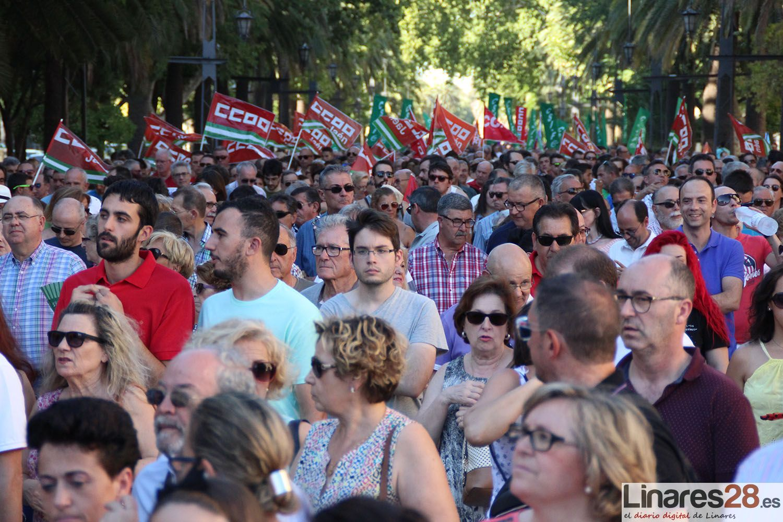 Linares sale de su letargo con miles de personas en la calle clamando contra el desempleo