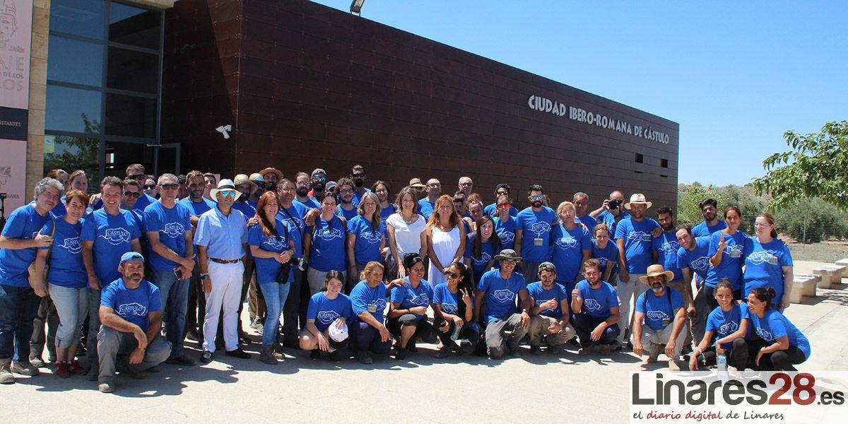 Un centenar de voluntarios y grupos de trabajo que intervienen en la excavación y promoción de Cástulo