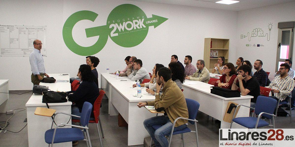 Momento de la inauguración del II Coworking de Linares