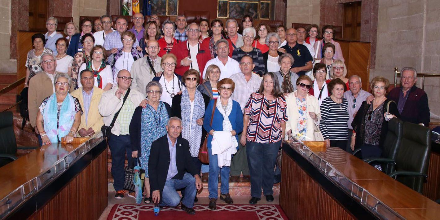 Visita del Centro de Participación Activa de Linares al Parlamento de Andalucía