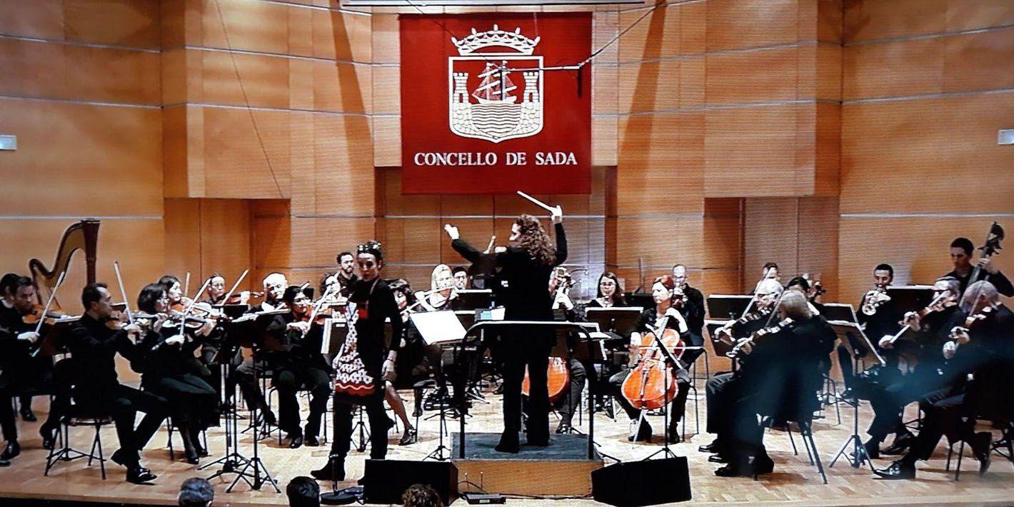 Lucía Marín dirige la Orquesta Sinfónica de Galicia