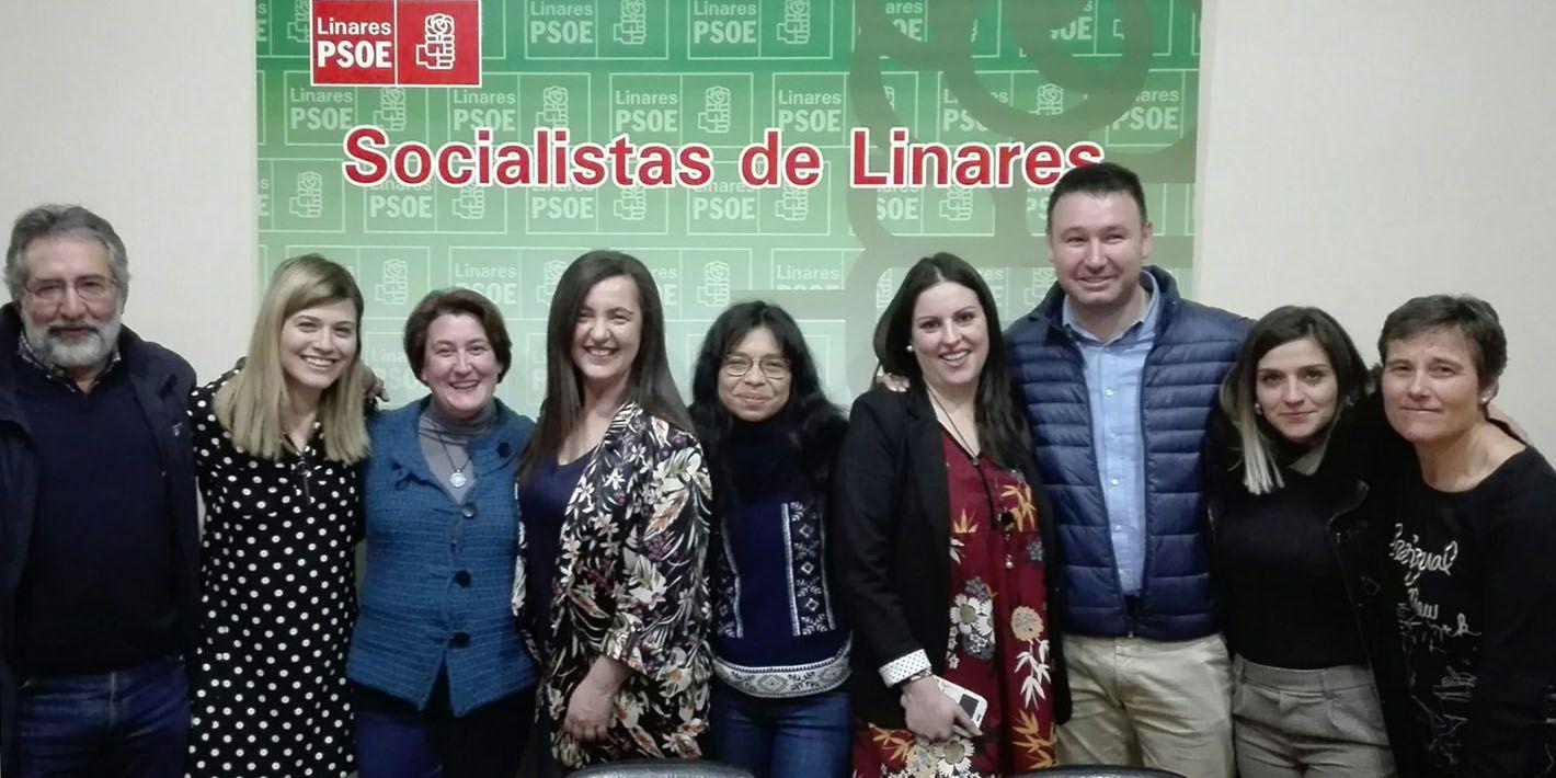 """Éxito de la charla del Nuria Varela en la """"Casa del Pueblo"""""""