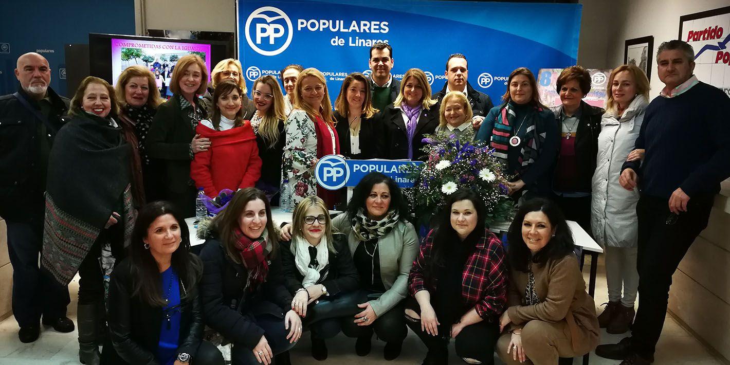 El PP conmemora el 8 de marzo con una mesa redonda sobre Igualdad en la que participan mujeres linarenses