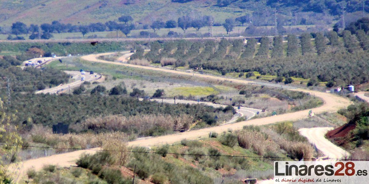 Los empresarios de Linares conocen el estado de las obras de la conexión ferroviaria de Vadollano