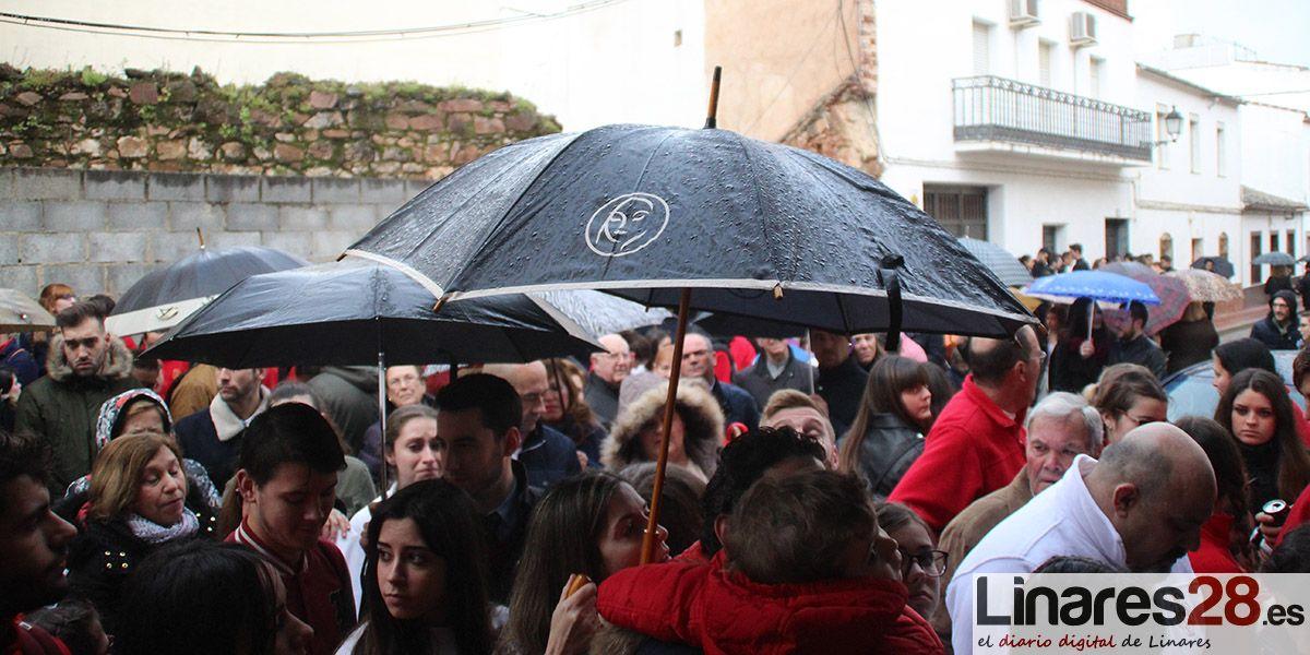 ADELANTO | La lluvia deja a 'La Borriquilla' en su templo