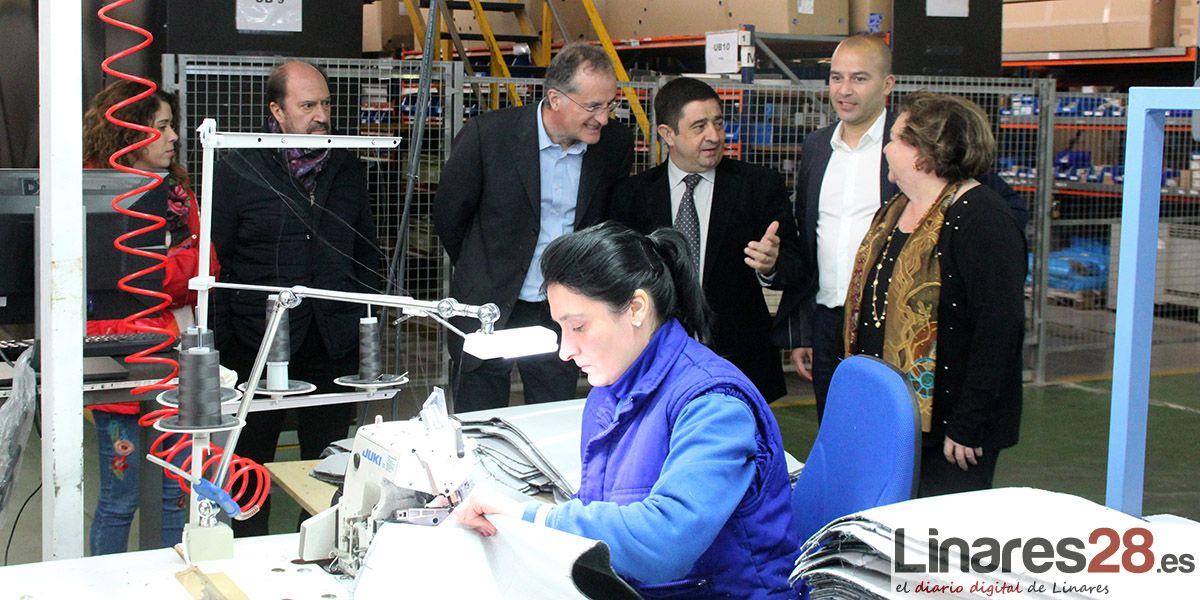 La compañía francesa 'Compin' fabrica en Linares equipamientos para trenes de todo el mundo