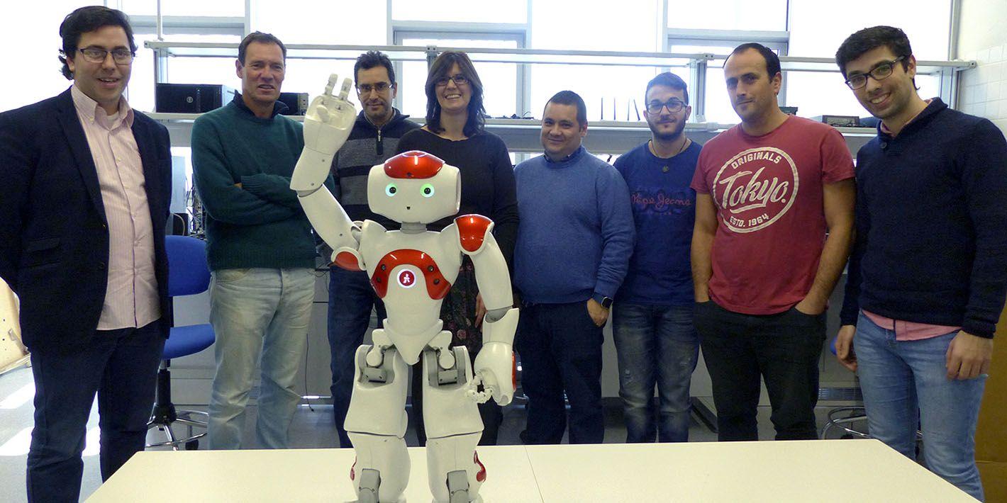 Investigadores del Campus de Linares mejoran la capacidad de interacción con personas en robots de uso social